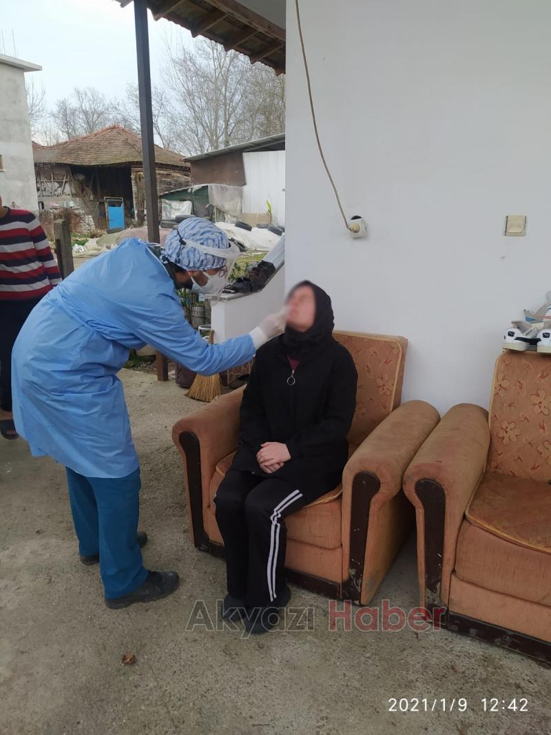 Akyazı'da evlerde korona testi yapıldı