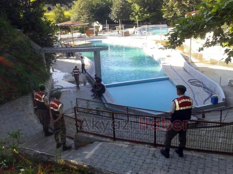 Havuz faciasında Başkan ve zabıtalar hakim karşısında