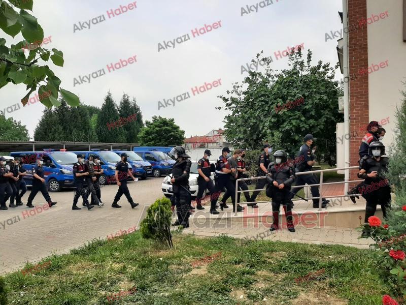 Şafak operasyonunda 8 tutuklama; Böyle getirildiler